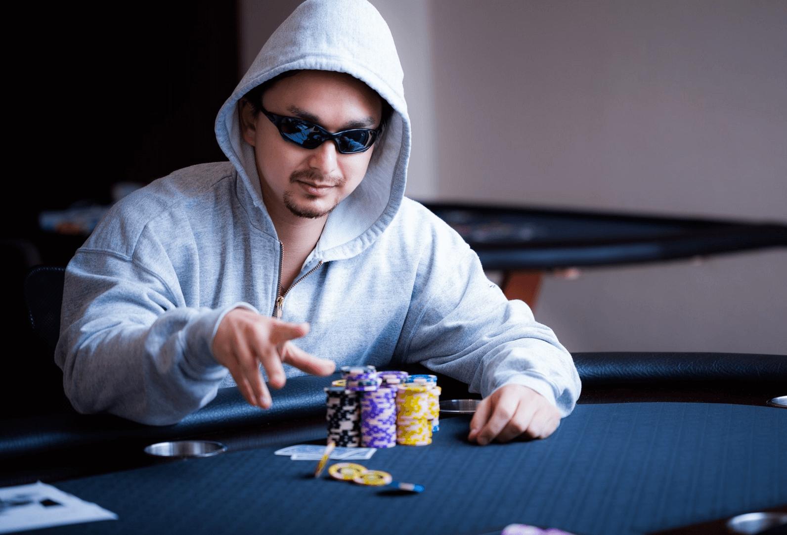 ポーカーでも投資でも必ずカモになってしまう人の特徴とは?
